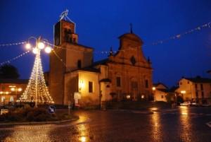 ponderano-piazza-chiesa-notte-biella24