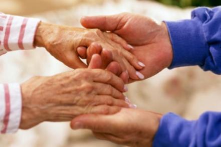 aiuto-anziani-biella24