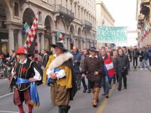 torino-protesta-galleria-micca-biella24