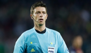 referee Gianluca Rocchi during the UEFA Champions League Group G match between FC Barcelona and Celtic FC at the Camp Nou Stadium on October 23, 2012 in Barcelona, Spain.(Photo by VI Images via Getty Images)