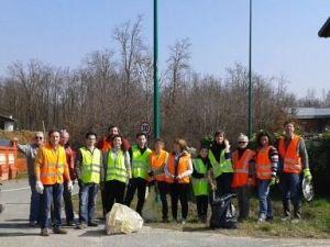 brusnengo-cittadini-puliscono-paese-biella24-001