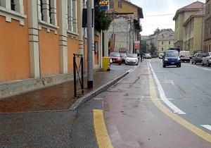 biella-via-ivrea-posto-disabili-cancellato-biella24-001