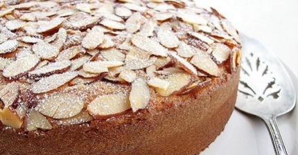 ricette-torta-alle-mandorle-biella24