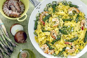 ricette-pappardelle-asparagi-gamberi-biella24