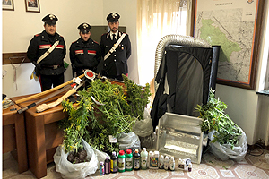 Arresti per dorga e armi (5)