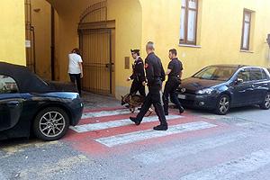 carabinieri-controlli-scuole-cani-maggio-2018-biella24-001