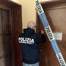 polizia-case-luci-rosse-maggio-2018-biella24-001