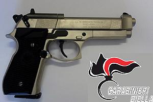 carabinieri-pistola-sequestro-giugno-2018-biella24
