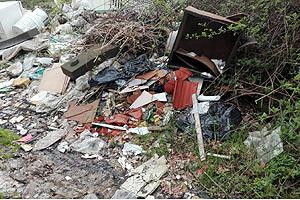cossato-rifiuti-abbandonati-biella24