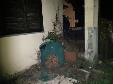 7-12-2018 bidone compost sfaciato