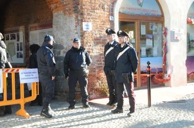 carabinieri-mercatini-natale-18-biella24-003