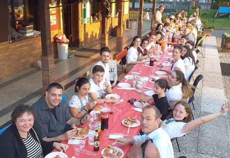 vigliano-cena-ragazzi-recita-salesiani-biella24